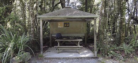 Not much in the way of shelter here. | Lower Hollyford Road roadend shelter