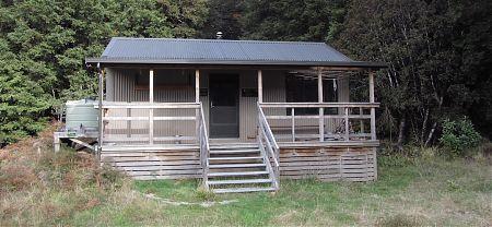 Crow Hut, Kahurangi National Park