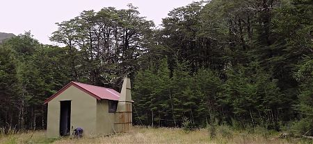 the old standard NZFS shooters hut | Doubtless Hut, Lake Sumner Forest Park