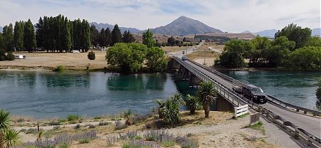 The Albert Town campsite is across the Clutha from Albert Town   Albert Town DOC campsite, Wanaka