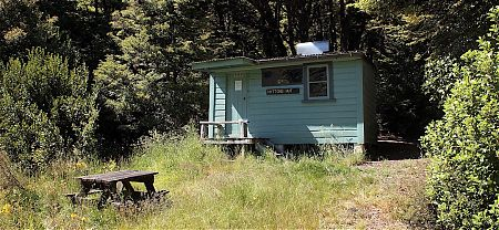 Myttons is a much more intimate hut than nearby Trilobite.   Myttons Hut, Kahurangi National Park