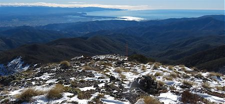 Day 4. Tasman Bay on the way up Mt Starveall. | winter trip, Alpine Route, Mt Richmond Forest Park