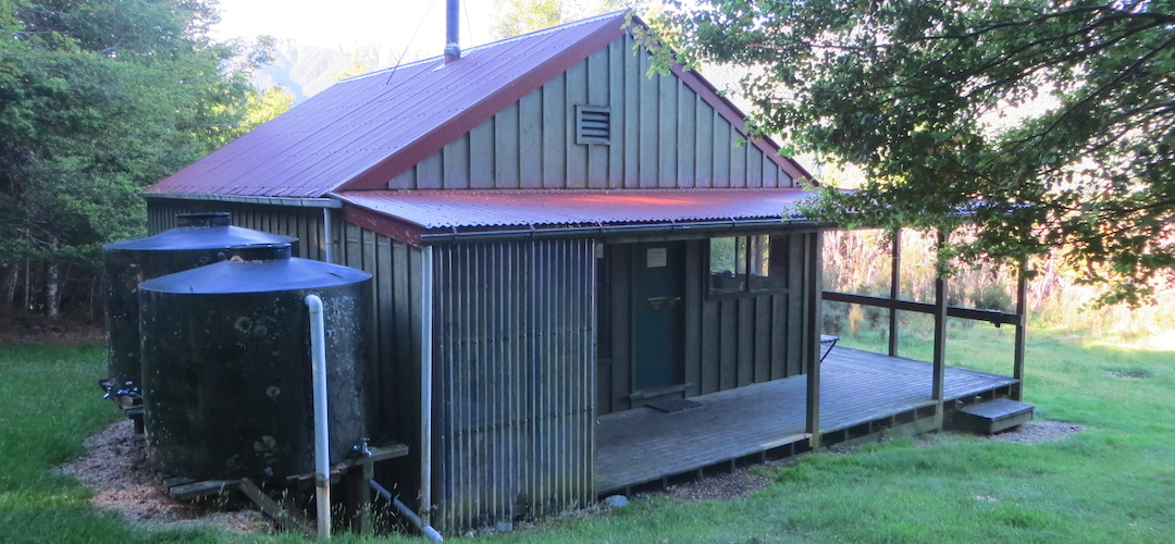 Hurunui Hut, Lake Sumner