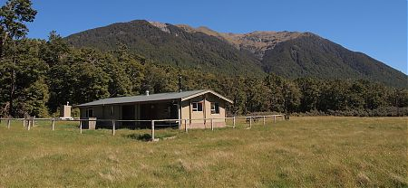Hope Kiwi Lodge, Lake Sumner