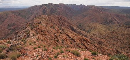 Razorback Ridge looking up Linear Valley to Rocky Saddle and the Hugh Gorge beyond