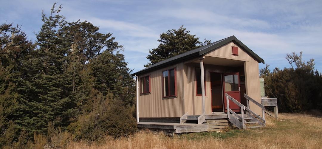 Red Hills Hut, Alpine Route, Mt Richmond Forest Park